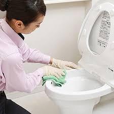 sửa điện nước và dọn nhà vệ sinh sạch sẽ để phòng chống dịch bệnh covid – 19